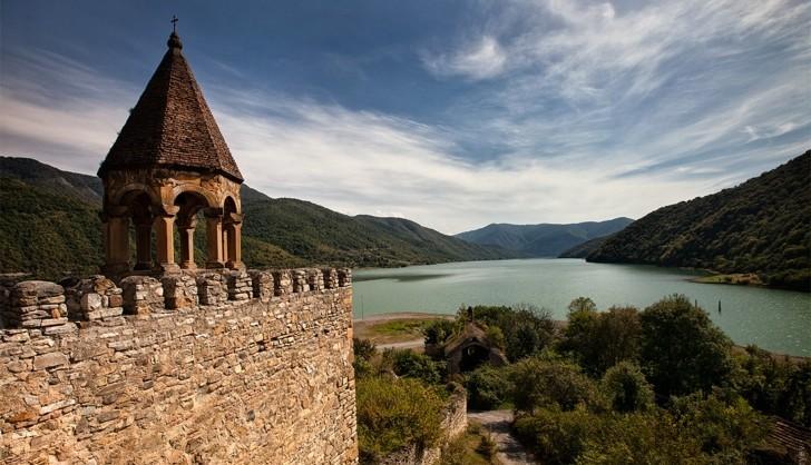 Gruzja: Trekking, rafting i Kazbek